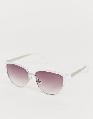 Солнцезащитные очки кошачий глаз в белой оправе AJ Morgan. Цвет: белый