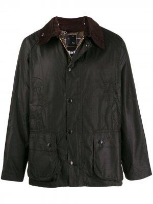 Куртка на кнопках Barbour. Цвет: коричневый