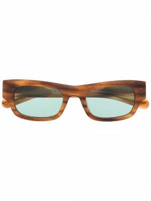 Солнцезащитные очки в квадратной оправе FLATLIST. Цвет: коричневый