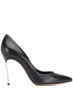 Туфли-лодочки Blade с заостренным носком Casadei. Цвет: черный