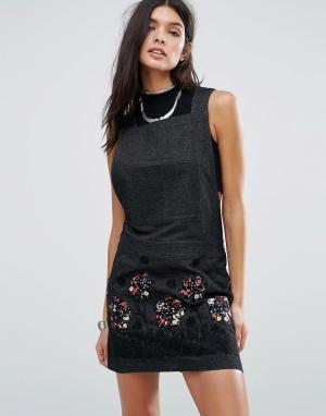 Джинсовое платье с аппликацией Pansy Anna Sui. Цвет: черный