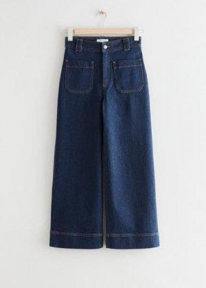 Расклешенные укороченные джинсы с накладными карманами &Other Stories. Цвет: синий