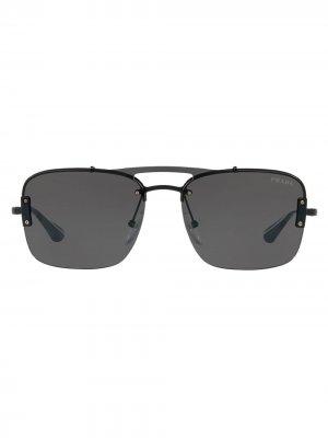Солнцезащитные очки в квадратной оправе Prada Eyewear. Цвет: черный