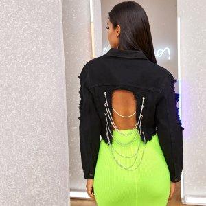 Короткая джинсовая куртка с цепочкой SHEIN. Цвет: чёрный