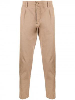 Укороченные брюки чинос Haikure. Цвет: нейтральные цвета