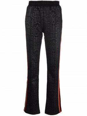 Прямые брюки со змеиным принтом Fila. Цвет: черный