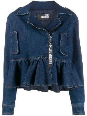 Джинсовая куртка с оборками на подоле Love Moschino. Цвет: синий