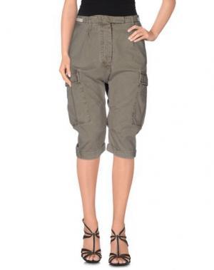 Джинсовые брюки-капри NOVEMB3R. Цвет: зеленый-милитари