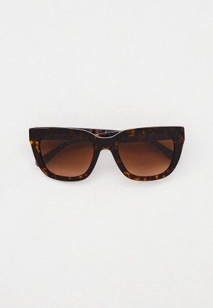 Очки солнцезащитные Coach HC8318 512074. Цвет: коричневый