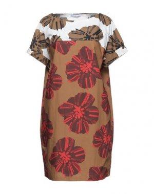 Короткое платье CARACTÈRE. Цвет: верблюжий