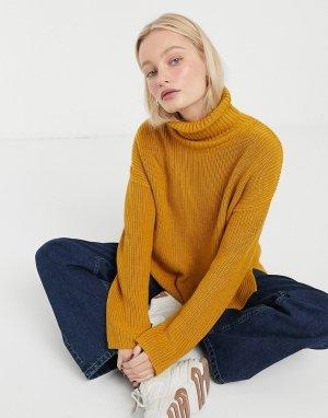Вязаный свитер цвета охры с высоким воротником -Желтый Monki