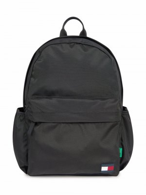 Stripe logo-patch backpack Tommy Hilfiger Junior. Цвет: черный