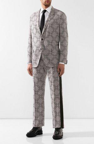 Шерстяной костюм Valentino. Цвет: бежевый