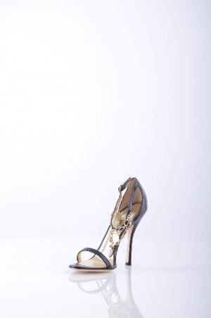 Босоножки на каблуке DSQUARED2. Цвет: черный