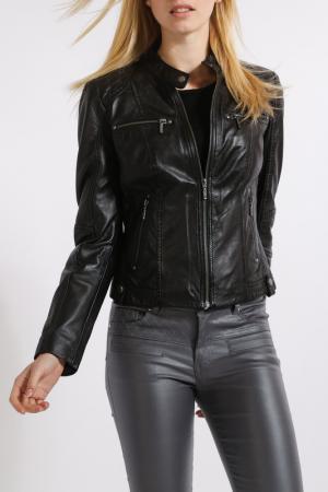 Куртка HElium. Цвет: черный