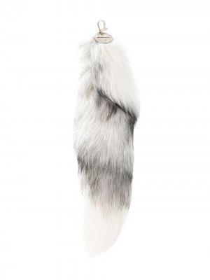 Брелок для ключей с меховой подвеской Ann Demeulemeester. Цвет: белый