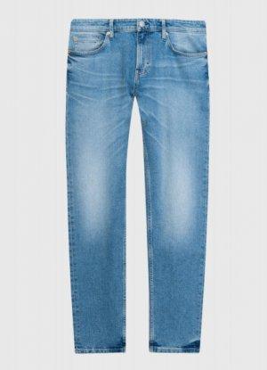 Зауженные джинсы из переработанного хлопка O`Stin. Цвет: светло-синий