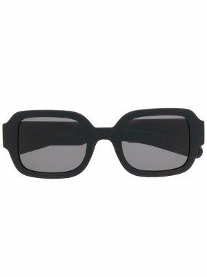 Солнцезащитные очки в массивной оправе FLATLIST. Цвет: черный