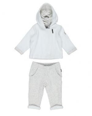 Спортивный костюм KARL LAGERFELD. Цвет: белый