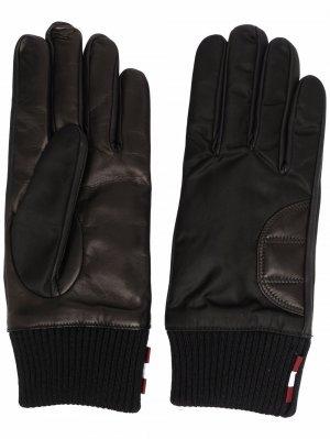 Перчатки с вышитым логотипом Bally. Цвет: черный