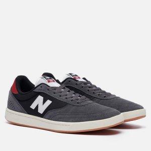 Мужские кроссовки Numeric 440 New Balance. Цвет: серый