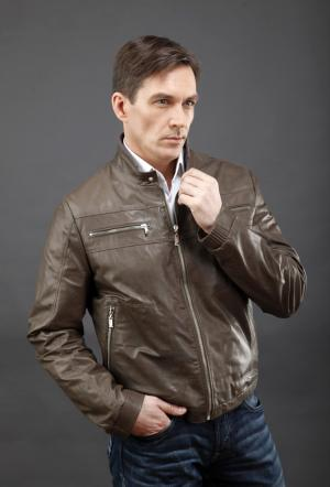 Мужская короткая кожаная куртка AFG. Цвет: серый