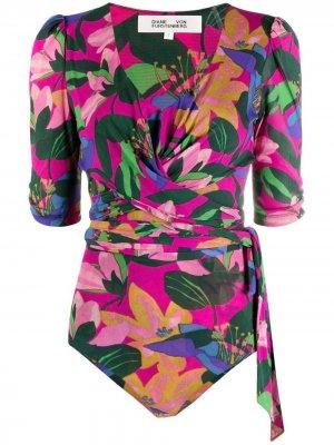 Блузка с цветочным принтом и запахом DVF Diane von Furstenberg. Цвет: розовый