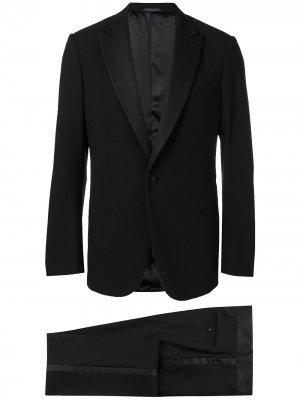 Классический костюм-двойка Giorgio Armani. Цвет: черный