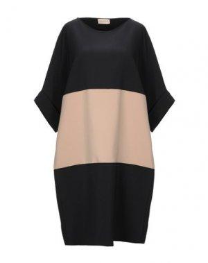 Короткое платье CLUB VOLTAIRE. Цвет: черный