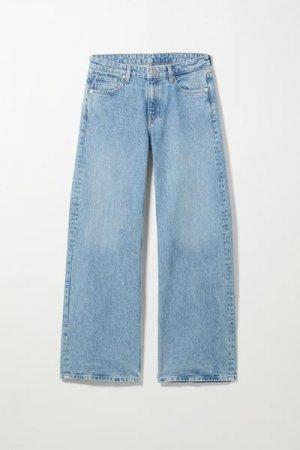 Широкие джинсы с низкой посадкой Ray Weekday. Цвет: синий
