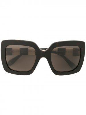 Солнцезащитные очки в квадратной оправе Carolina Herrera. Цвет: черный