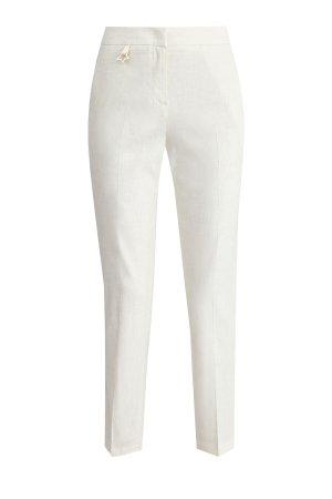 Укороченные брюки прямого кроя из льна с фирменной подвеской LORENA ANTONIAZZI. Цвет: белый