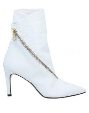 Полусапоги и высокие ботинки ALCHIMIA. Цвет: белый