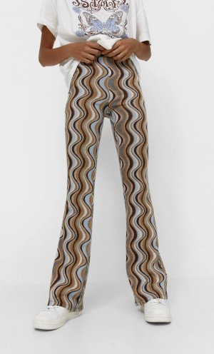 Жаккардовые Расклешенные Легинсы В Стиле Ретро Цвет Камня M Stradivarius. Цвет: цвет камня