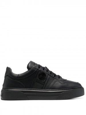 Кроссовки с тисненым логотипом Baldinini. Цвет: черный