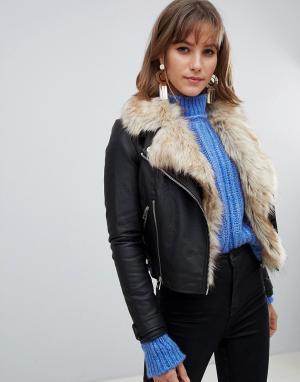 Faux leather jacket with fur trim in black River Island. Цвет: черный