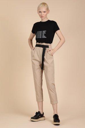 Легкие брюки спортивного кроя VASSA&Co. Цвет: бежевый