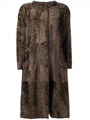 Пальто Sil с меховой отделкой Liska. Цвет: коричневый