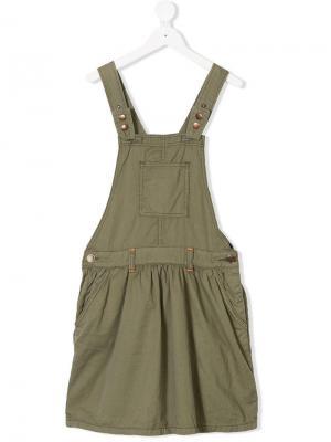 Платье-пинафор с контрастной строчкой American Outfitters Kids. Цвет: зеленый