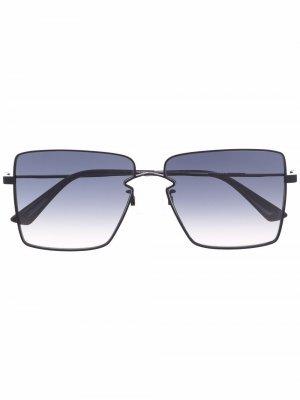 Солнцезащитные очки в массивной квадратной оправе MCQ. Цвет: черный