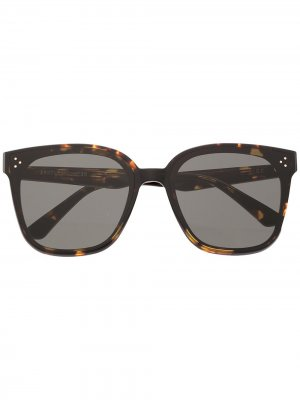 Солнцезащитные очки в оправе черепаховой расцветки Gentle Monster. Цвет: черный