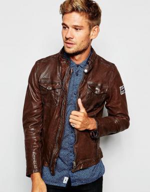 Кожаная байкерская куртка на молнии Pepe Guzzi Jeans. Цвет: коричневый