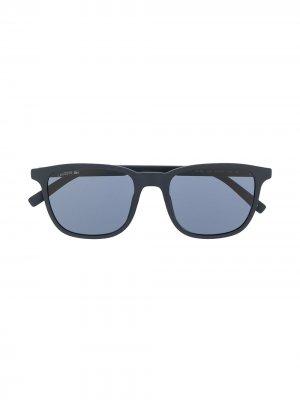 Солнцезащитные очки L915S 424 Lacoste. Цвет: синий