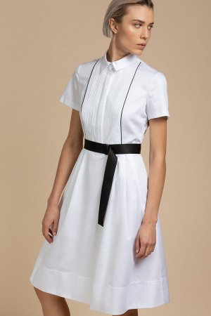 Летнее платье с декоративной манишкой VASSA&Co. Цвет: белый