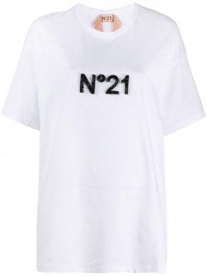 Футболка с декорированным логотипом Nº21. Цвет: белый