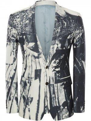Пиджак с эффектом тромплей Alexander McQueen. Цвет: белый