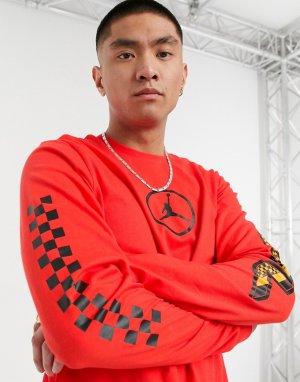 Красный лонгслив Nike Sport DNA Jordan
