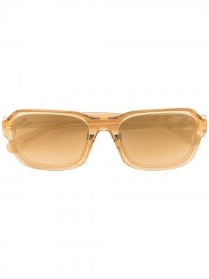 Солнцезащитные очки в массивной оправе Moncler Eyewear. Цвет: желтый