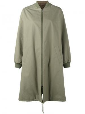 Длинное пальто в стиле бомбер Army Yves Salomon. Цвет: зелёный