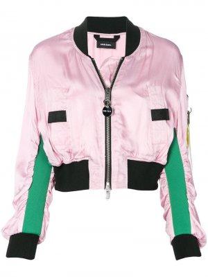 Укороченная атласная куртка-бомбер Diesel. Цвет: розовый